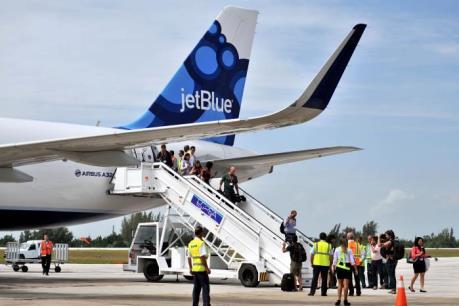 Mỹ nới lỏng hơn nữa các hạn chế thương mại và du lịch đối với Cuba