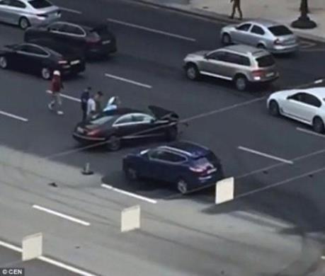 Xe của Tổng thống Putin gặp tai nạn, lái xe tử vong