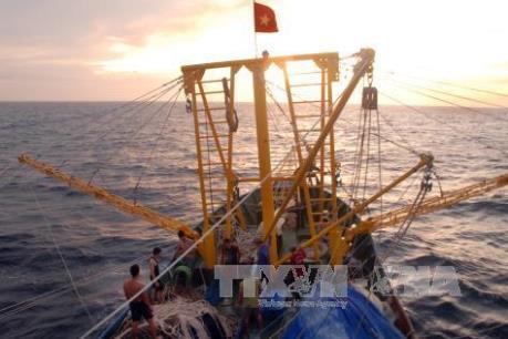 Phát triển bền vững kinh tế biển: Bài 2 - Nâng cao nhận thức cộng đồng