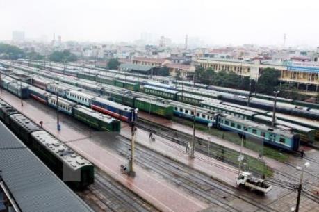 Phê bình nghiêm khắc lãnh đạo Tổng công ty Đường sắt về việc mua tàu cũ