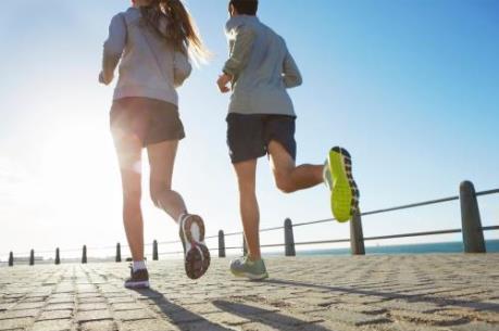Hoạt động thể dục thường xuyên có thể giảm tác hại của rượu, bia