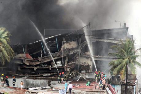 Bangladesh: Cháy nổ tại nhà máy sản xuất bao bì, hơn 80 người thương vong