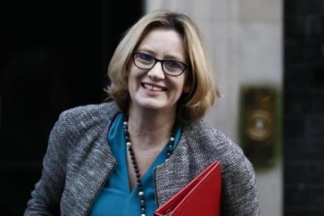 Anh đề xuất cơ chế yêu cầu giấy phép làm việc cho người EU vào Anh