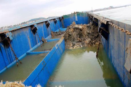 Có hiện tượng tàu chở chất thải xả xuống vùng biển Nghệ An