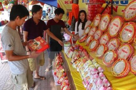 Sức mua yếu, bánh Trung thu bắt đầu giảm giá