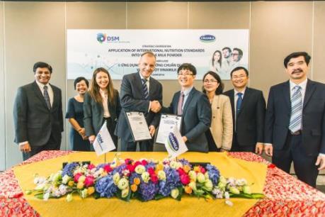 Vinamilk hợp tác chiến lược với Tập đoàn hàng đầu thế giới DSM – Thụy Sỹ