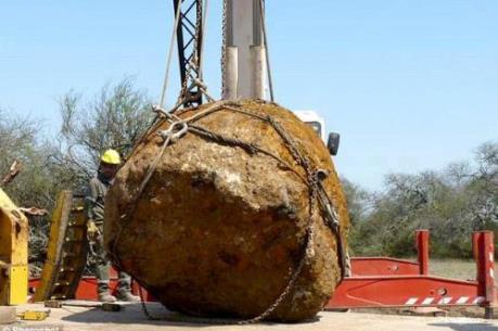 Phát hiện khối thiên thạch khổng lồ tại Argentina