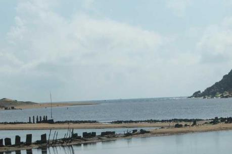 Phú Yên ban bố tình trạng khẩn cấp cửa sông Đà Nông