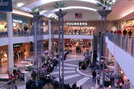 Mỹ: Tấn công tại khu mua sắm gây thương vong