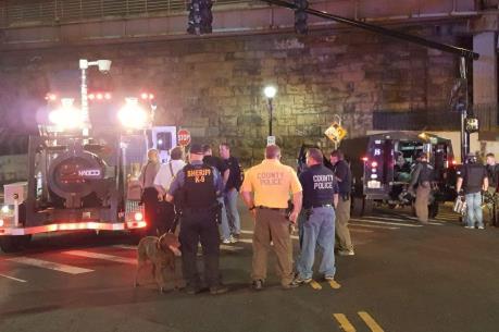 Mỹ phát hiện gói đồ nghi chứa bom tại ga tàu ở New Jersey
