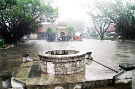 Giếng Mắt Rồng - điểm hút du khách tại Lễ hội mùa thu Côn Sơn- Kiếp Bạc