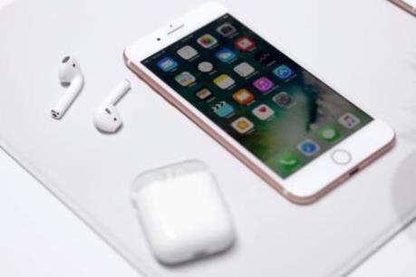 """Xu hướng """"lên đời"""" iPhone cũ ở Trung Quốc"""