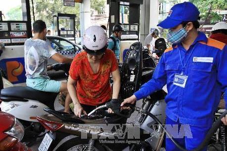 Giá xăng tăng nhẹ, giá dầu giảm từ 15h ngày 20/9