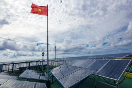Đầu tư điện mặt trời: Doanh nghiệp chờ cơ chế
