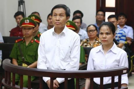 Giữ nguyên bản án 5 năm tù đối với bị cáo Nguyễn Hữu Vinh