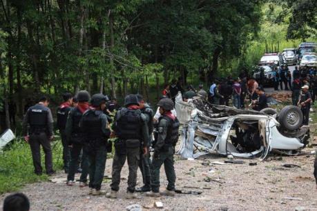 Nổ bom ở miền Nam Thái Lan, 4 cảnh sát thương vong