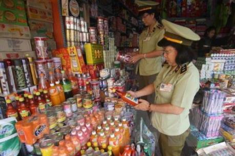 Gần 500 cửa hàng, hộ kinh vi phạm về an toàn thực phẩm bị xử lý