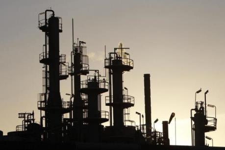 Giá dầu ngày 28/9 tăng nhẹ trên thị trường châu Á