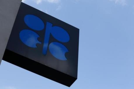 OPEC nhất trí giảm sản lượng dầu mỏ