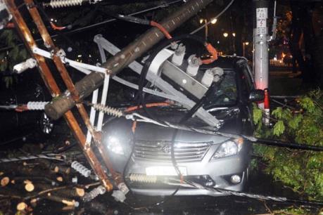 Cảnh báo nguy cơ mất an toàn điện do mưa ngập tại TP.HCM