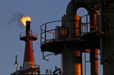 Giá dầu quay đầu giảm trước những nghi ngờ về thỏa thuận của OPEC