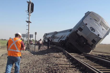 Số thương vong tăng nhanh trong vụ tai nạn tàu hỏa tại Mỹ