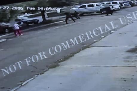 Mỹ công bố video cảnh sát bắn chết người da màu tại bang California