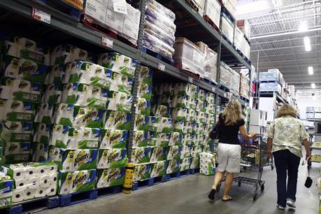 Mỹ: Lạm phát vẫn thấp, chi tiêu tiêu dùng không tăng trong tháng Tám