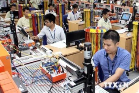 Phát triển công nghiệp hỗ trợ: Bài 2: Đẩy mạnh kết nối chuỗi sản xuất toàn cầu