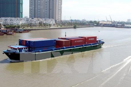 Phí, lệ phí trong hoạt động chuyên ngành hàng hải