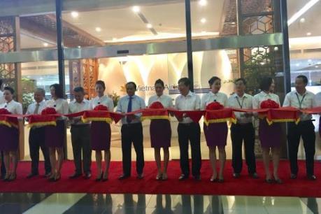 Vietnam Airlines khai trương Phòng khách Bông Sen tại sân bay Nội Bài