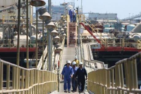 Giá dầu sáng 17/10 đi xuống trên thị trường châu Á