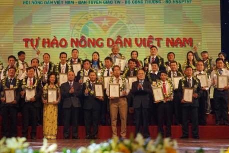 Công bố danh sách 63 nông dân Việt Nam xuất sắc năm 2016