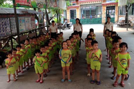 Làm rõ thông tin trường mầm non tại Bắc Ninh cho trẻ ăn cơm chưa chín