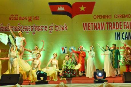 Hội chợ Thương mại Việt Nam 2016 khai mạc tại Campuchia
