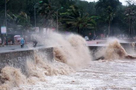 Dự báo thời tiết 24 giờ tới: Bão số 6 (Aere) đổ bộ vào Biển Đông