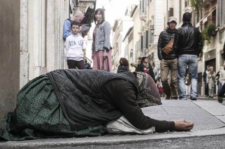 Số người nghèo Italy tăng gấp đôi do khủng hoảng kinh tế
