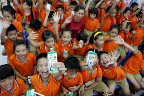 Vinamilk: Gần 10 năm tiên phong thực hiện chương trình Sữa học đường