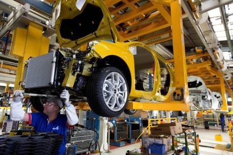 INSEE hạ dự báo tăng trưởng kinh tế Pháp năm 2016