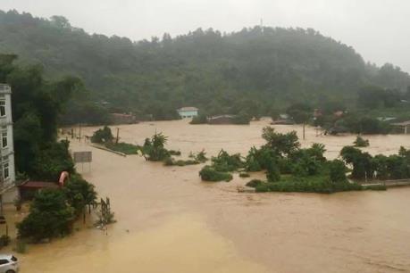 Hàng trăm nhà dân ở Bình Thuận bị ảnh hưởng do mưa lũ