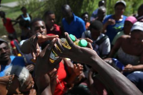 Cảnh báo bùng phát dịch bệnh tại Haiti sau bão Matthew