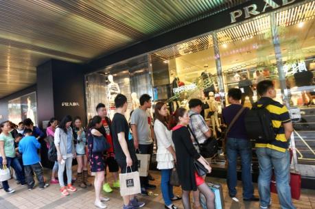 """Trung Quốc: Thanh toán bằng thẻ ngân hàng cao kỷ lục trong """"Tuần lễ vàng 2016"""""""