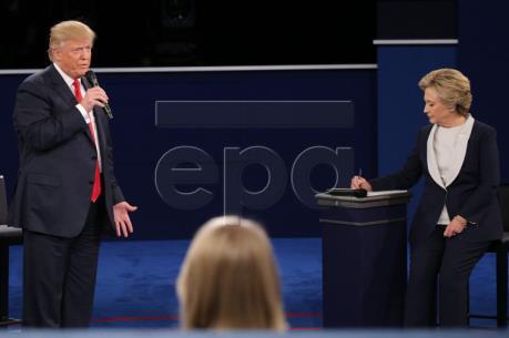 Bầu cử Mỹ 2016: Hai ứng cử viên bắt đầu cuộc tranh luận trực tiếp thứ 2