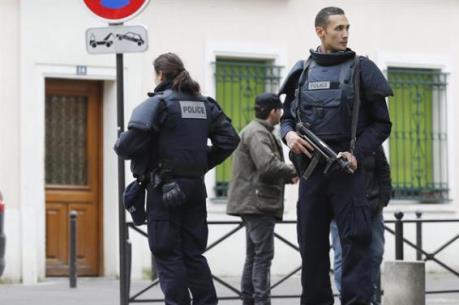 Cảnh sát Đức sơ tán một ga tàu do cảnh báo đánh bom