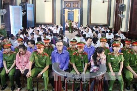 Xét xử vụ án kinh tế xảy ra tại Công ty cổ phần thực phẩm công nghệ Sài Gòn
