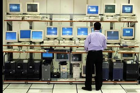 Thị trường máy tính PC tiếp tục ảm đạm trong năm 2016