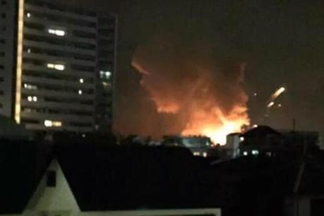 Tokyo mất điện trên diện rộng do cháy trạm biến áp