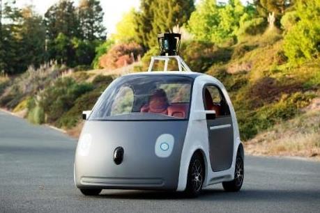 Anh lần đầu tiên thử nghiệm ô tô không người lái