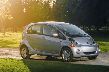 """Ô tô điện sẽ """"lên ngôi"""" ở các thành phố phát triển"""