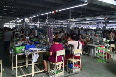 Sản xuất công nghiệp hướng đến chuyển dịch sang chế biến, chế tạo